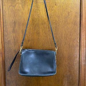 Coach Black Leather VTG Purse Handbag Clutch